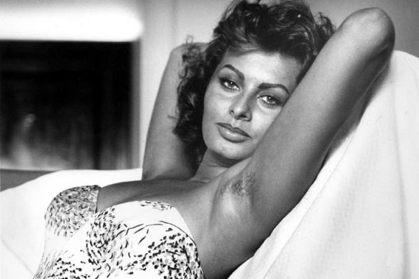 http://keenanevans.files.wordpress.com/2010/04/sophia_loren_103343o.jpg