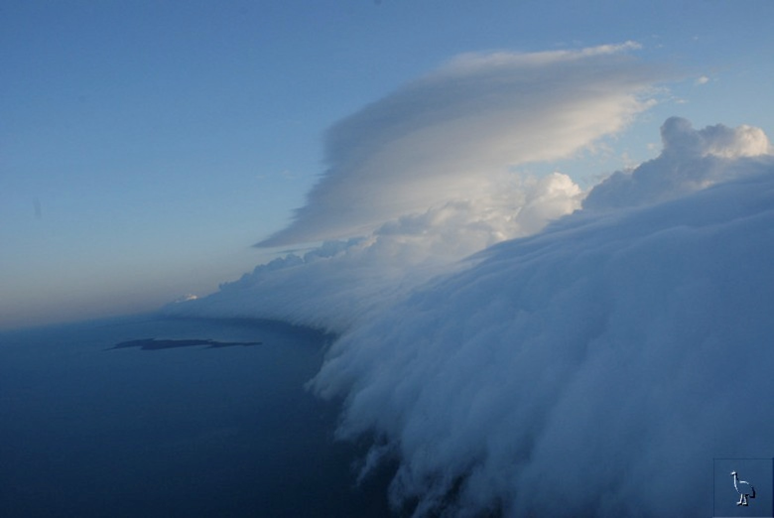 wpid-morning_glory_cloud_over_allen_island-2011-07-31-14-51.jpg
