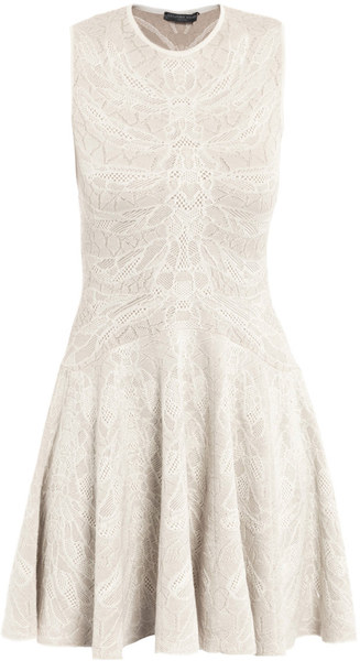 alexander-mcqueen-cream-spine-lace-knitted-dress-product-1-5736167-055315154_large_flex
