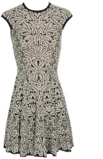 alexander_mcqueen_black_white_silk_blend_jacquard_knit_dress