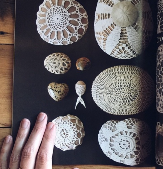 keenan evans - interior home inspiration - crochet patterns - knit - sea shells - sand dollar